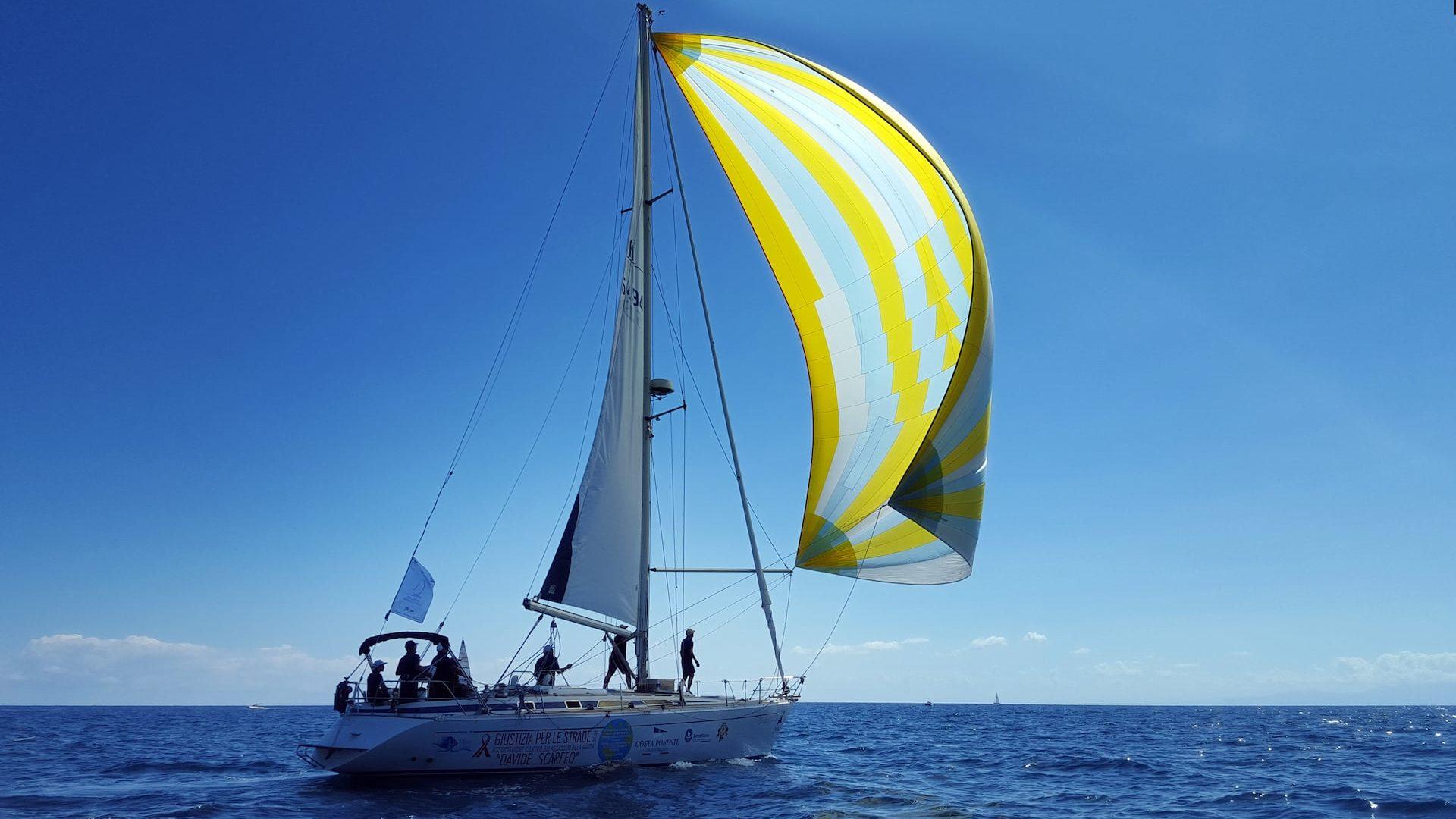 imbarcazione costa ponente